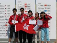 左一郭健鈞同學及左三潘星雅同學代表香港出席2010亞洲野外定向錦標賽勇奪冠軍