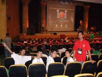 香港隊於IOI2008開幕禮留影