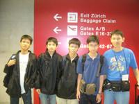 我們在瑞士轉機前往埃及開羅參加國際電腦奧林匹克競賽2008