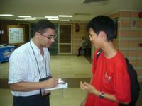 韓文軒同學接受大會記者訪問